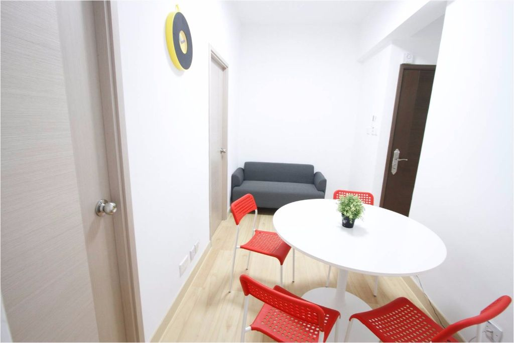 Causeway Bay Shared Flat with Rooftop - Designated for internship, students, young professionals from overseas - Causeway Bay - Bedroom - Homates Hong Kong